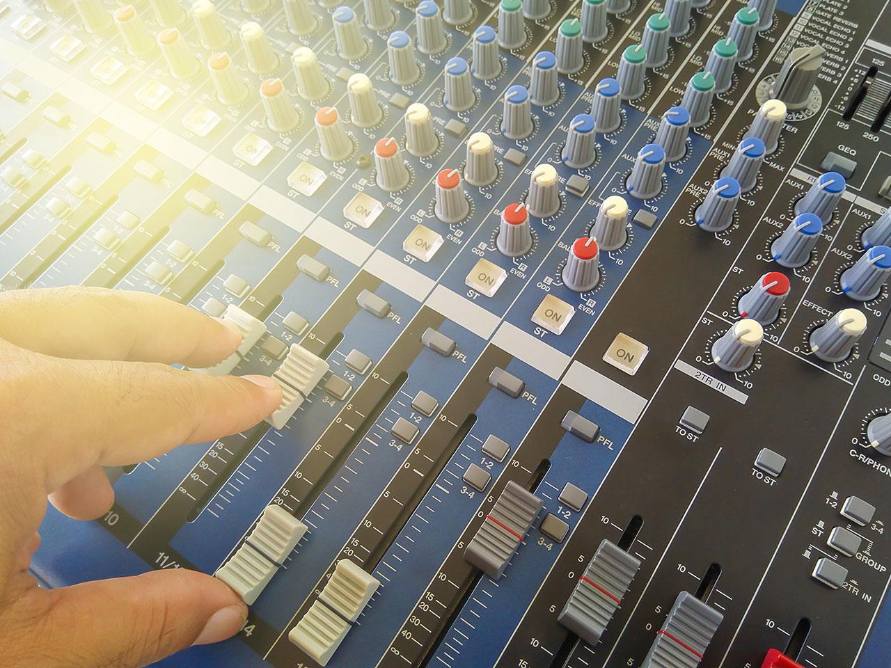 mesa de som analógica